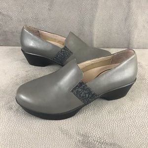 Dansko- Jessica Gray Nappa Leather Clogs- Like NEW